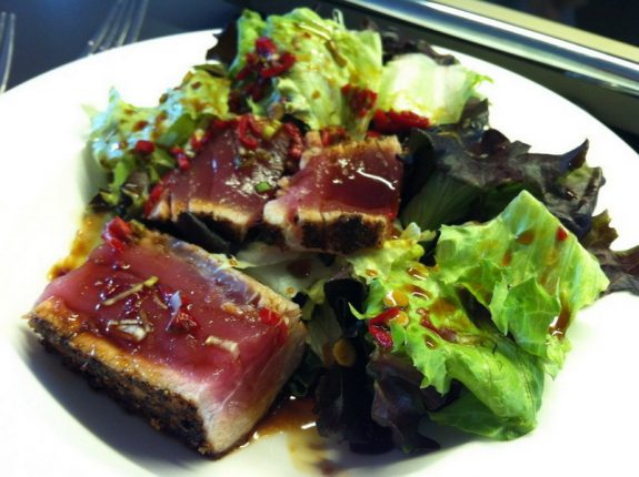 Thunfisch kurz angebraten