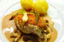 Gebratene Hähnchenbrust mit Pilz-Madeira-Velouté